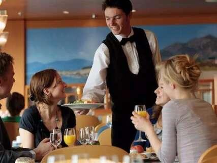 如何做好一名餐厅服务人员(三)